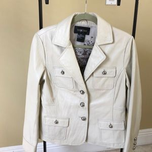 Light beige woman leather jacket